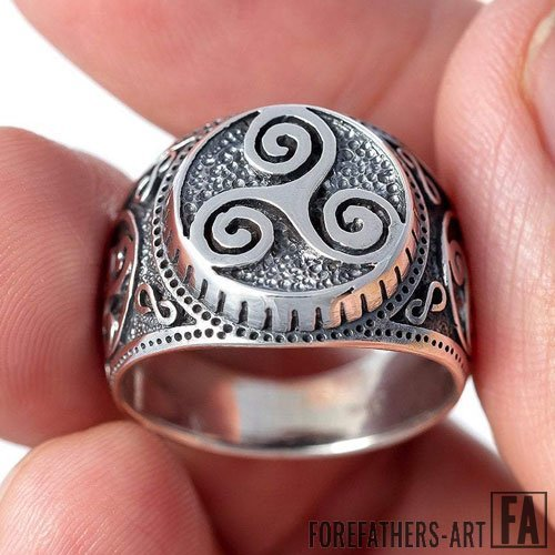 Celtic Pagan Ring Triskelion Norse Ring